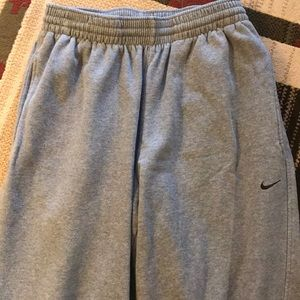 Nike Men's Gray Sweatpants, Size medium